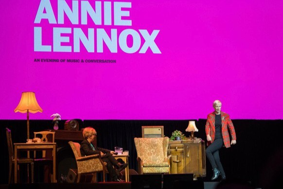 Still on a high from 'An Evening of Music and Conversation' with the wonderful Janice Forsyth at Glasgow's Armadillo Theatre.. 🥳🥳🥳 #Globalfeminism @thecirclengo